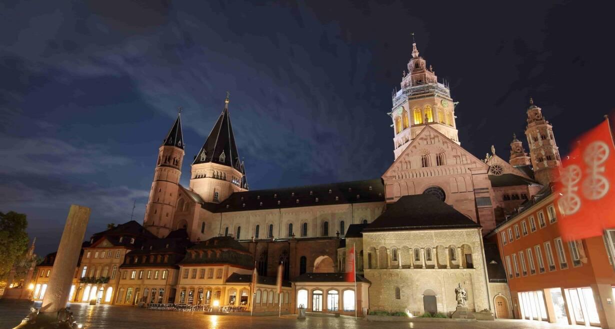 Zingen van Advent - DuitslandZingen van Advent in de St. Peterskirche in Mainz