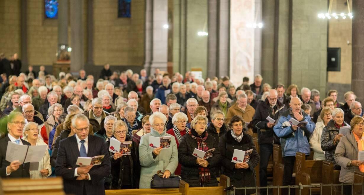 Zingen van Advent - DuitslandKerkdienst in de Basilika St.Kastor in Koblenz