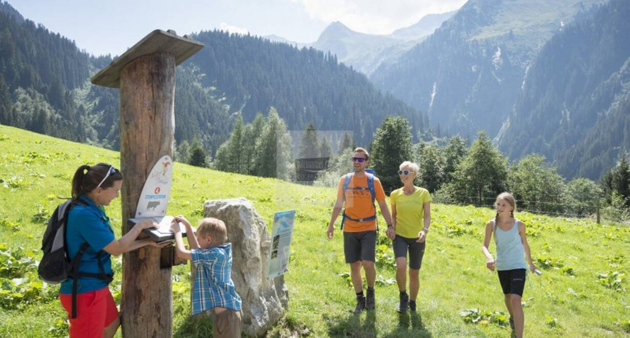 Huttentocht voor gezinnen in het koninklijke Lechtal - OostenrijkWandeling naar de Kemptenerhutte