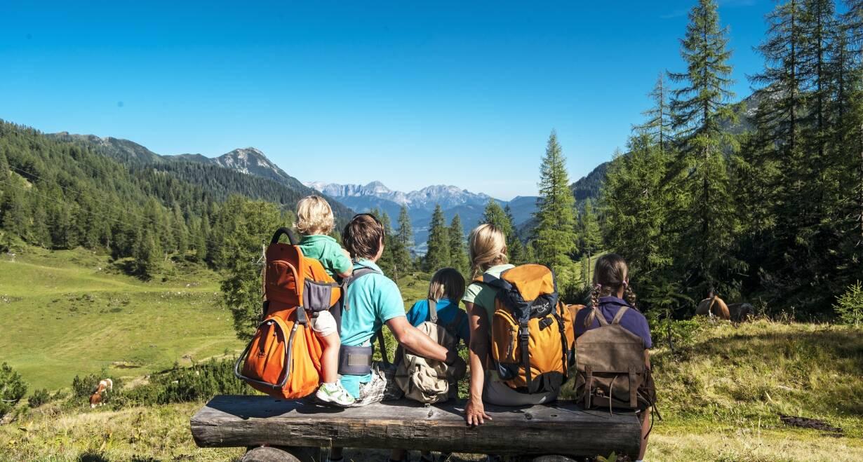 Huttentocht voor gezinnen in het koninklijke Lechtal - OostenrijkWandeling terug naar het pension