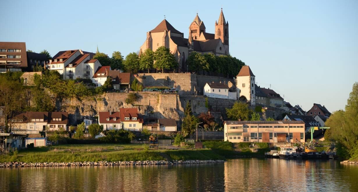 15-daagse Vierlandencruise naar Basel in Zwitserland, Berg- en Dalvaart - DuitslandBasel – Breisach – Straatsburg